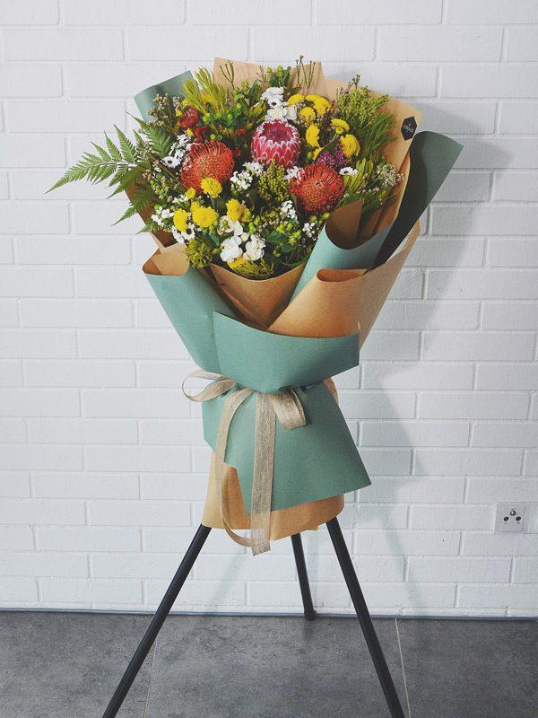 hakuna-matata-opening-flower-stand