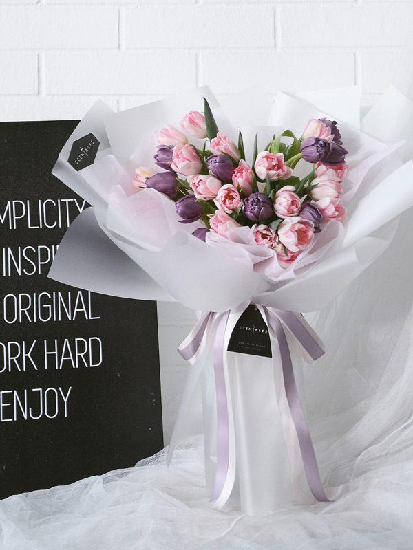 minimalist-pink-purple-tulip-flower-bouquet-white
