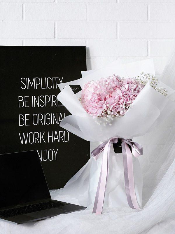 pink-hydrangea-baby-breath-flower-bouquet-white