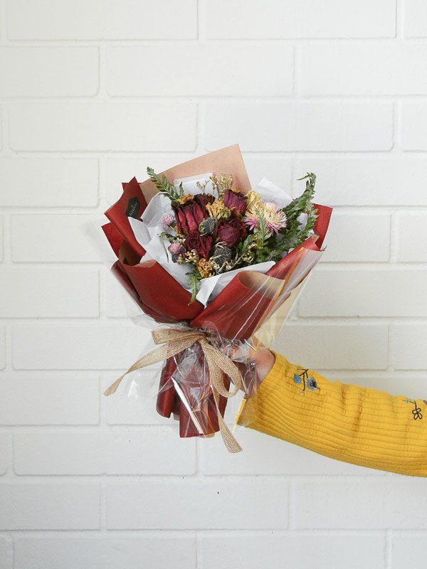 alexis-dried-flower-bouquet