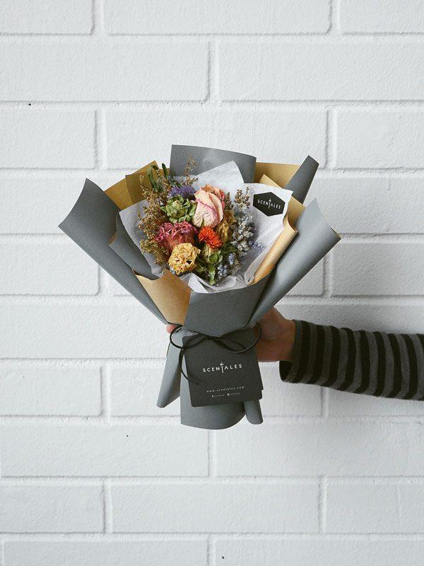 gumbala-dried-flower-bouquet