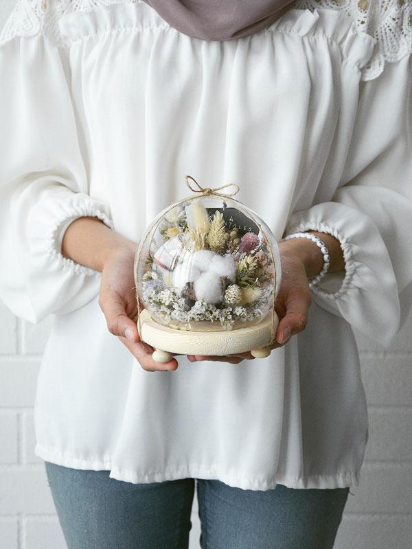 evermore-dried-flower-glass-globe