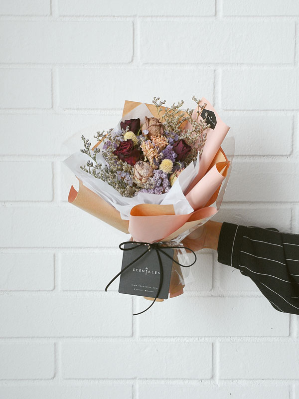 aisya-dried-flower-bouquet