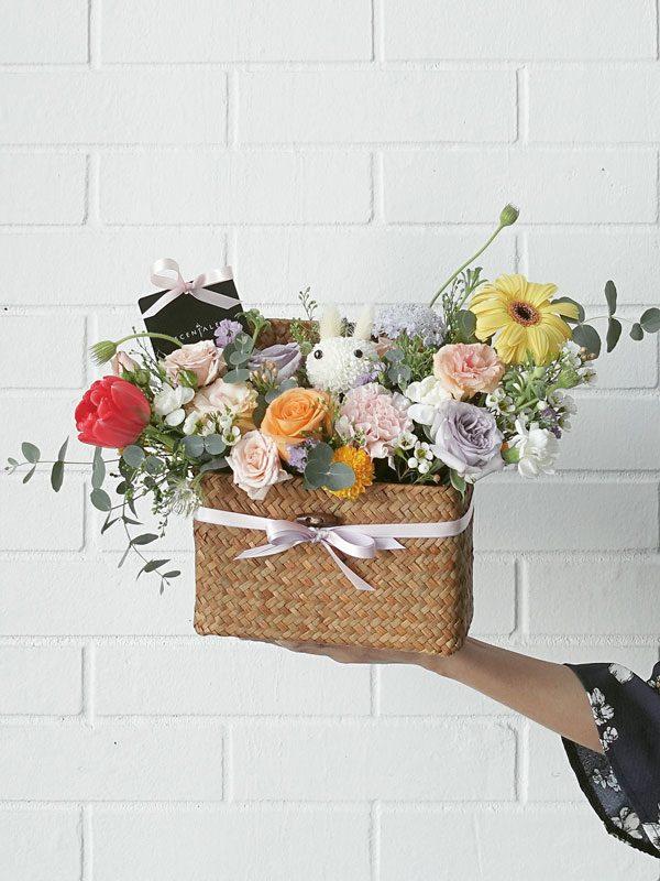 be-you-tiful-flower-bouquet-basket-bunny-02-600x800