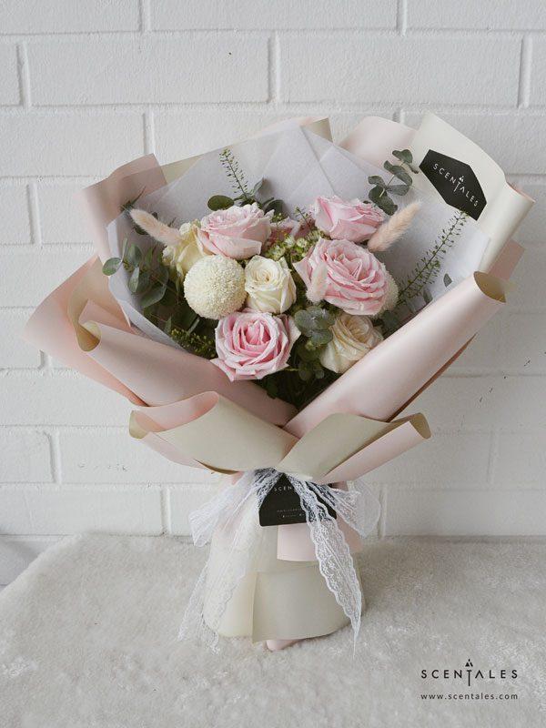 rosy-blush-flower-bouquet-pinkcream