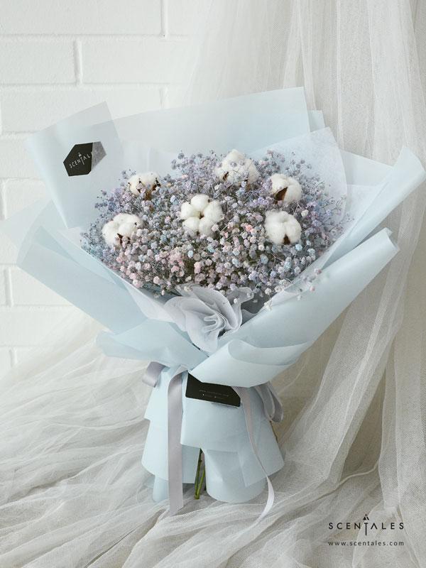 snowflake-fairydust-flower-bouquet-babyblue