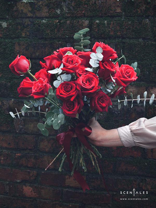 Minimalist Red Rose Bridal Bouquet Scentales Florist